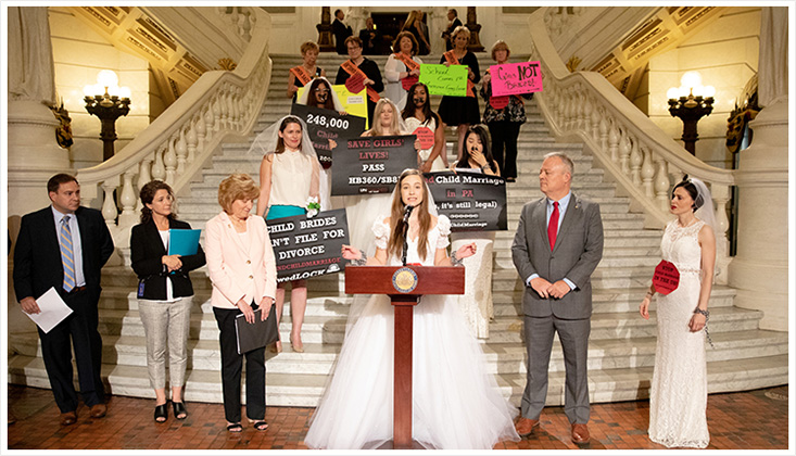 Chain-In to protest child marriage