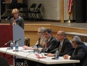 December 3, 2015: Senator Schwank hosted a town hall meeting and invited experts in the addiction and treatment field to address the heroin and opioid epidemic.