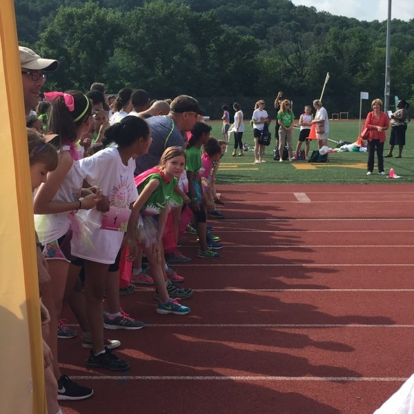 May 30, 2015: Senator Schwank cheered the participants of the Girls on the Run 5K event. Girls on the Run offers young women unique programming through a running club as well as life lessons that are age appropriate; helping them to effectively cope with the physical and mental changes that they experience.