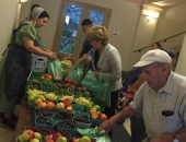 August 31, 2016: Senator Schwank welcomed Burkholder's Farm Market and the Women, Infants, and Children (WIC) program, at an initiative event to increase the availability of fresh produce in the city and increase the redemption rates for the FMNP in Pennsylvania.